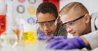 Überraschung hilft Kindern, naturwissenschaftliche Fehlvorstellungen zu korrigieren